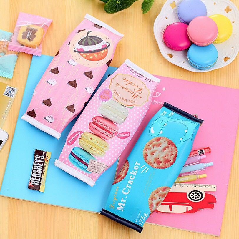 仿真饼干笔袋创意铅笔盒文具包一个